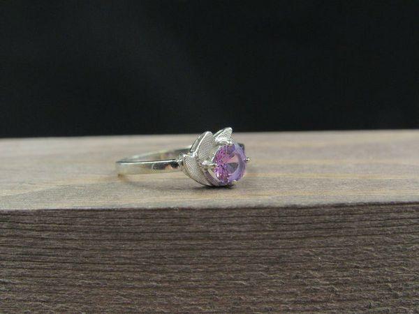 Size 6 10K Gold Unique Purple Sapphire Band Ring Vintage Estate Wedding Engagement Anniversary Gift Idea Beautiful Elegant Unique Cute