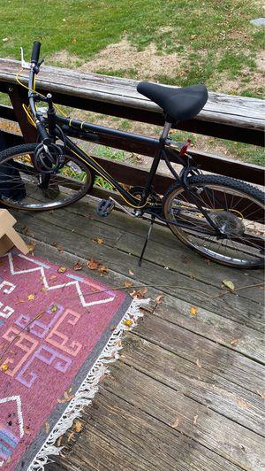 Men's bike works just fine for Sale in Braintree, MA