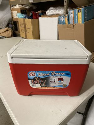 Igloo cooler 9qt for Sale in Ontario, CA