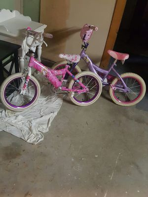 Two girls bike in great condition 15.00 for Sale in Methuen, MA