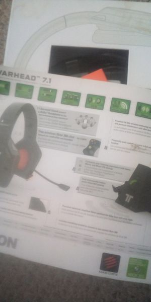 Trillion warhead headset with batteries+charger for Sale in Columbia, MO