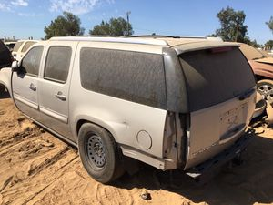 2008 GMC Yukon Denali For Parts ONLY!! for Sale in Fresno, CA