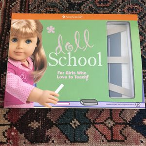 American Girl Doll School Set Kit for Sale in Clovis, CA
