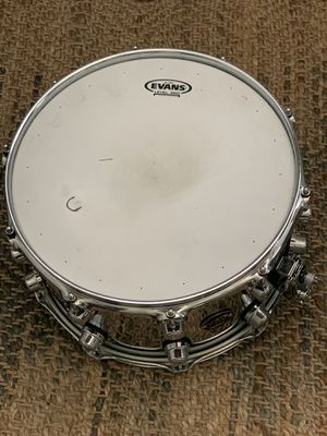 DW Chrome Snare drum 14x8 for Sale in Huntersville, NC