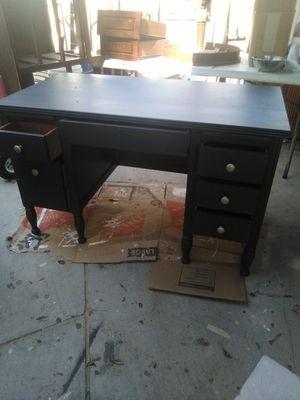 Vanity desk for Sale in Phillips Ranch, CA