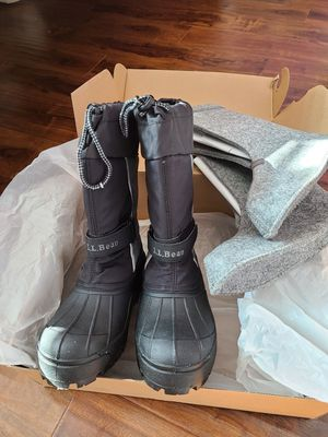 LL Bean Kids Snow Boots sz. 3 for Sale in Covina, CA