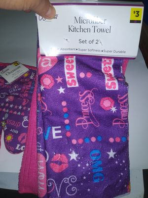 Kitchen towels for Sale in Cleveland, OH
