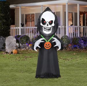 Halloween decorations! 4ft light up reaper for Sale in Los Angeles, CA