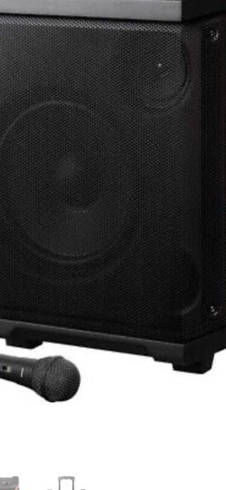 Sport XL Bluetooth Speaker barely used 100W without microphone for Sale in West Orange,  NJ