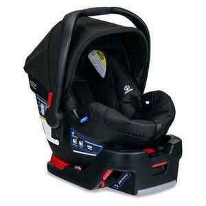 Britax B-Safe 35 Infant Car Seat for Sale in Orlando, FL