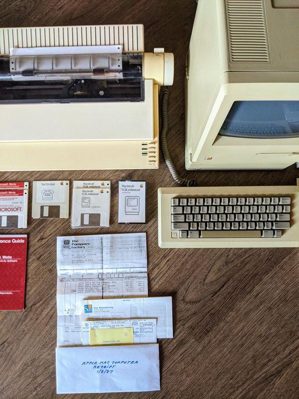 1987 Apple Macintosh Computer