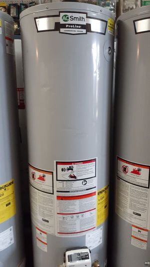 Súper price water heater 30 40 50 galones for Sale in Victorville, CA