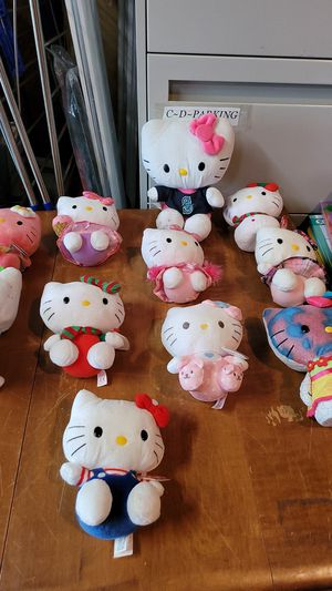11 hello kitty TY beanie babies all for $15 for Sale in Kent, WA