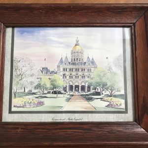 Vintage Print of CT State Capitol in Wood Frame for Sale in Middletown, CT