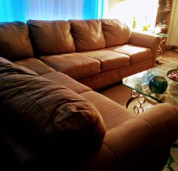Tan Microfiber Sectional Couch With Sleeper for Sale in Seminole,  FL