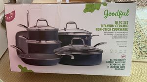 10 pcs kitchen cookware brand new for Sale in Woburn, MA