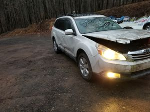 2011 subaru outback wrecked. Great for parts for Sale in Halifax, PA
