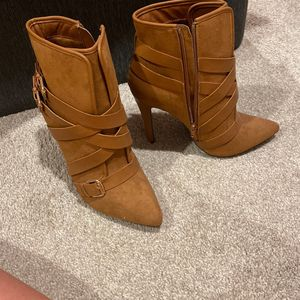 Tan Boots for Sale in Bethesda, MD