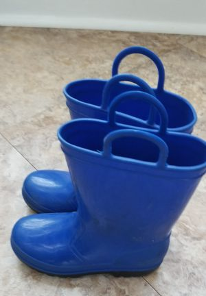 Kids rain boots size 11 for Sale in Bowie, MD