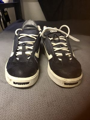 Vans clip less pedal cycling shoes. Men's size 9.5. Extremely hard to find. Very good condition. for Sale in Colorado Springs, CO