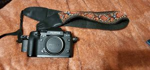 Fujifilm XT1 with 35mm lens for Sale in Denver, CO