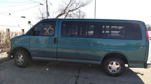 1998 Chevy Express 1500 LS for Sale in Long Grove, IL