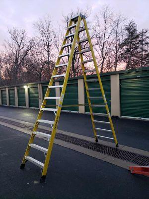 Ladder FATHERLITE for Sale in North Springfield, VA