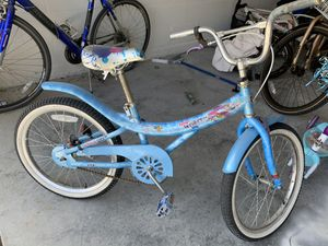 Girl bike for Sale in Haines City, FL