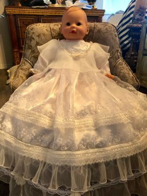 VINTAGE HOOP RETAIL STORES DISNEY PRINCESS BABY for Sale in Miami, FL