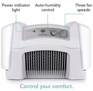 Vornado EVAP40 Evaporative Humidifier & Refills for Sale in San Antonio, TX