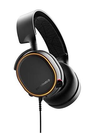 Arctis 5 wired gaming headphones for Sale in Henderson, NV