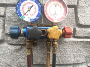 Yellow jacket Freon gauges $40 for Sale in Queens, NY