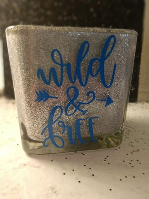 Wild and free makeup brush holder for Sale in Lake Wales, FL