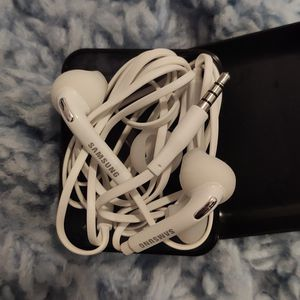 Samsung Headset for Sale in Lawrenceville, GA