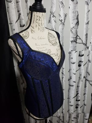 Over Bust 2X Lace up Corset for Sale for sale  Weehawken, NJ