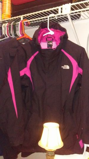 The North Face rain jacket for Sale in Brandon, FL