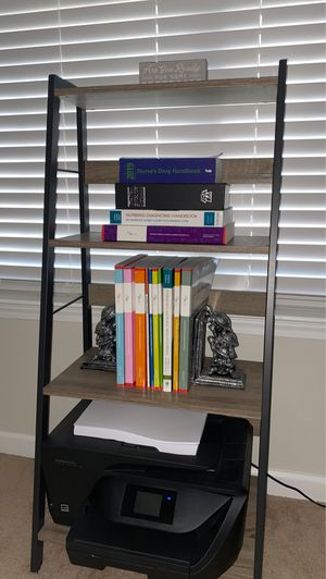 Shelf/bookcase for Sale in Spartanburg, SC