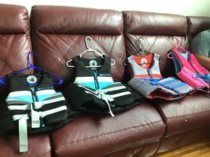 Body Glove Coast Guard approved Life Jackets. Paid $80-$100 ea. for Sale in S CHESTERFLD, VA