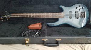 Dean Edge 2 Bass Guitar for Sale in Madera, CA