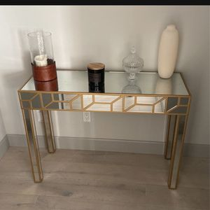 Gold Mirror Console Table for Sale in Fife, WA