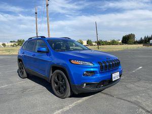 2018 Jeep Cherokee latitude *low miles* for Sale in Sacramento, CA