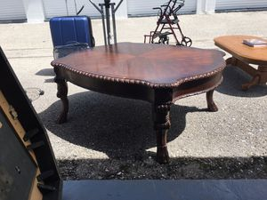 Antique Centre coffee table for Sale in Sarasota, FL