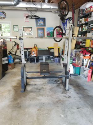 Weight lifting set for Sale in Woodstock, GA