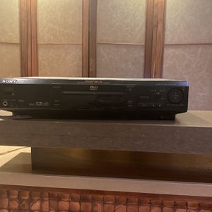 Sony DVD / CD Player With Remote Model DVP-S550D for Sale in New York, NY