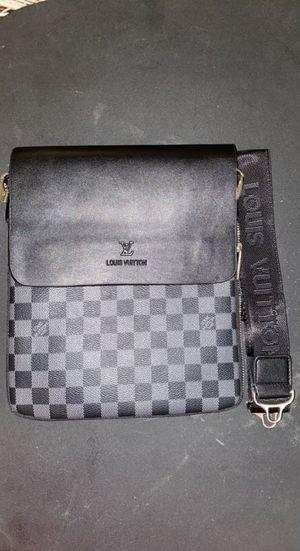 Black Louis Vuitton messenger bag for Sale in Hazel Crest, IL