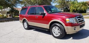 2014 ford expedition xlt, fully loaded, 3rd row, very clean! for Sale in St Petersburg, FL
