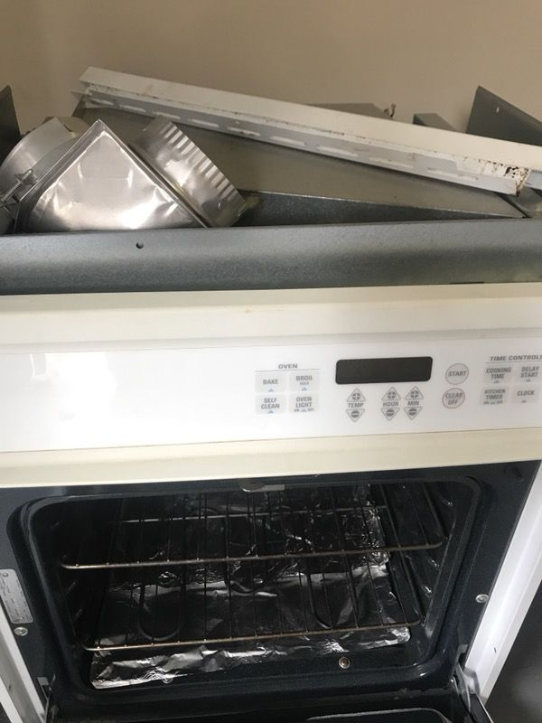 GE white oven