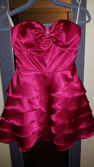 Hot pink dress for Sale in Oxnard, CA