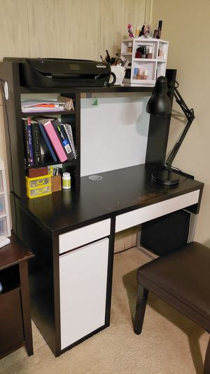 Desk with drawers and shelves for Sale in San Gabriel, CA