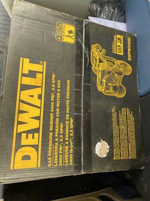 Dewalt Gas Pressure washer 3400 psi, 2.5GPM for Sale in Detroit, MI